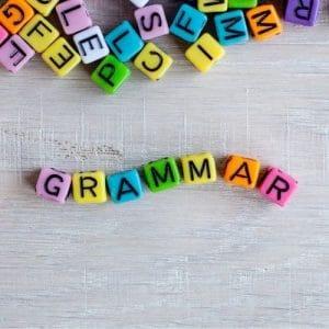 étudier la grammaire en français